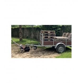Tirer sa remorque à l'aide du tracteur pousseur électrique TRACTOUT 750 kg ZOETTE